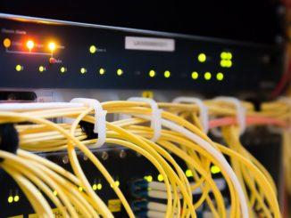 Schnelle Internetverbindungen sind voll im Plan - Breitbandausbau im Landkreis Wittmund verläuft wie vorgesehen. Die Baumaßnahmen, um tausende Haushalte im Landkreis Wittmund mit schnellen Internetanschlüssen zu versorgen, liegen voll im Zeitplan.