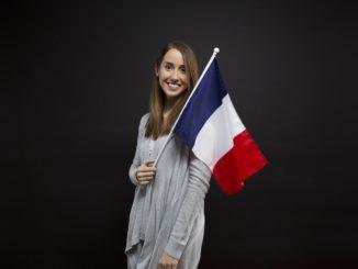 Arbeitskräfte aus Frankreich gewinnen auf der Jobmesse in Angers