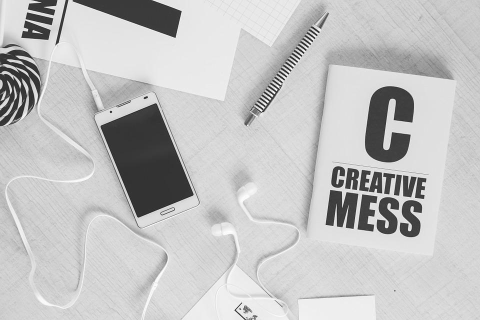 Durch einen vernünftigen Webauftritt und die richtige targetierung der Zielgruppe mit dem richtigen Inhalt, generiert man qualitative Interessenten. Wenn man dann noch mit dem Budget rumspielt, kann man diese Systeme automatisieren – genial.