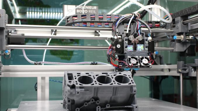 Der 3D-Druck ist die Fertigungstechnologie der Zukunft, denn immer schneller kann mit immer höherer Qualität produziert werden. Das Potenzial der additiven Fertigung kann dennoch nur erahnt werden mit Entwicklungen, die rasend schnell voranschreiten.