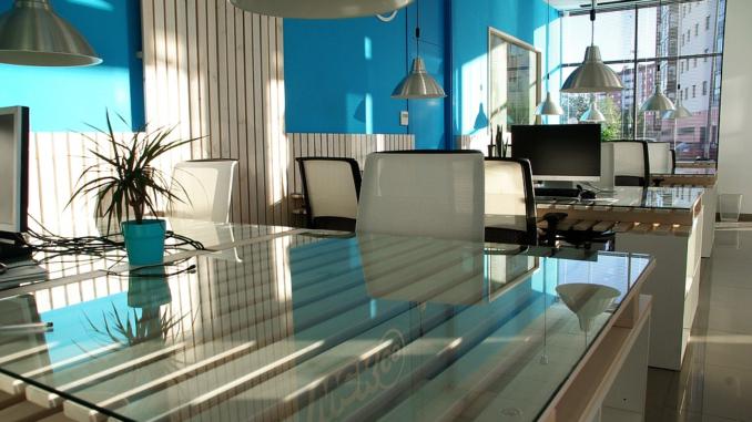 Die Wahl von passenden Büroräumen stellt für jeden Unternehmer, gerade am Anfang seiner oder ihrer Schaffenszeit, eines der zentralsten Entscheidungen überhaupt dar.