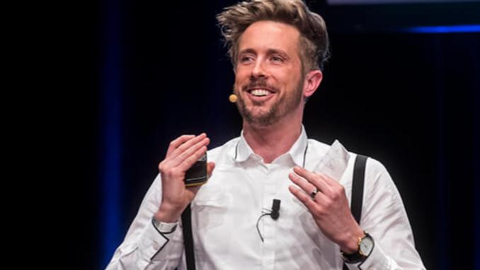 Felix Thönnessen, ist ein deutscher Betriebswirt und Lehrbeauftragter, Referent und Keynote-Speaker zum Thema Existenzgründung, Digitalisierung und Marketing. Er arbeitet zudem als Autor, Unternehmer und Investor.