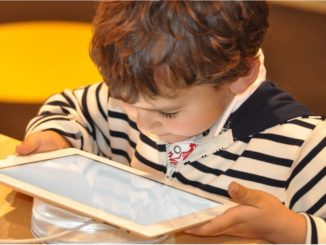 In über 150 Workshops erhalten die Teilnehmer praktische Einblicke in die Erfahrungen von Kollegen und Schülern, die bereits Tablets, Smartphones oder Apps in ihrem Unterricht einsetzen.