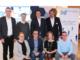 Der neu gewählte Vorstand der Wirtschaftsjunioren Emsland - Grafschaft Bentheim mit ihrem neuen Sprecher, Andreas Knief (sitzend, 2.v.l.). [Nicht im Bild: Hendrik Fischer]