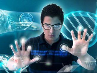 """Tonne: """"Gleichwohl gilt es aber zu betonen, dass es nicht um Digitalisierung sowie den Umgang mit Informations- und Kommunikationstechnologien als Selbstzweck geht. Es geht darum, unseren Schülerinnen und Schülern einen reflektierten und kritischen Umgang mit digitalen Medien beizubringen und darum, den Mehrwert, den digitale Lernwerkzeuge insgesamt haben können, methodisch-didaktisch in alle Unterrichtsfächer einzubetten."""""""