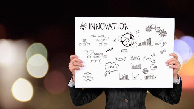 """""""Vision"""", """"Kooperation"""" und """"Wirtschaft"""" - in diesen drei Kategorien würdigt der Innovationspreis Niedersachsen auch 2019 herausragende Leistungen und Erfolgsgeschichten aus Niedersachsen."""