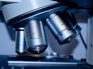 """""""Das ist eine sehr erfreuliche Entwicklung, die zeigt, dass es auch ohne eine entsprechende gesetzliche Regelung möglich ist, verlässliche Informationen über laufende Drittmittelprojekte privater und öffentlicher Auftraggeber zu erhalten"""", betont der Wissenschaftsminister."""