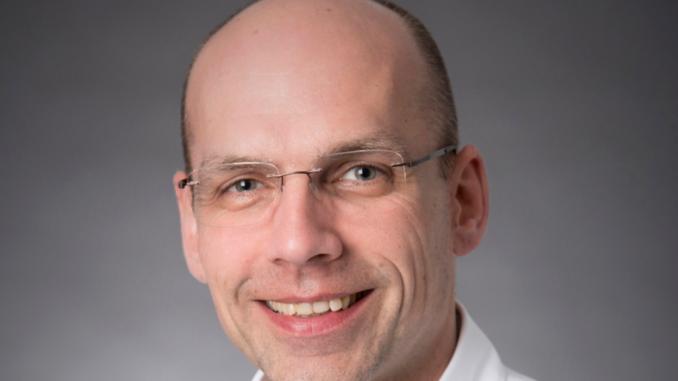 Der zertifizierte Datenschutzbeauftragte Haye Hösel ist Geschäftsführer und Gründer der HUBIT Datenschutz GmbH & Co. KG, die bei allen Fragen rund um die Themen Datenschutz und Informationssicherheit berät.