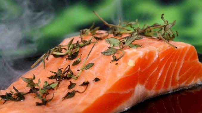Mehr als die Hälfte (54%) des gesamten niedersächsischen Speisefisches aus Aquakultur wurde in der Statistischen Region Weser-Ems produziert, 35% stammten aus der Statistischen Region Lüneburg und die restlichen 11% aus den Statistischen Regionen Braunschweig und Hannover.