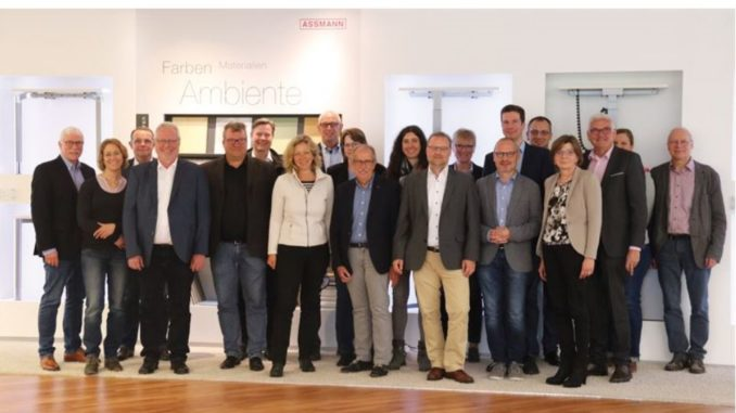 Wigos Arbeitskreis Besucht Assmann Büromöbel Weser Ems Wirtschaft