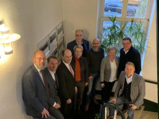 Sprachen über die Attraktivität des Wirtschaftsstandortes Emsland und aktuelle Herausforderungen: Vertreter von IHK und Wirtschaftsverband Emsland.
