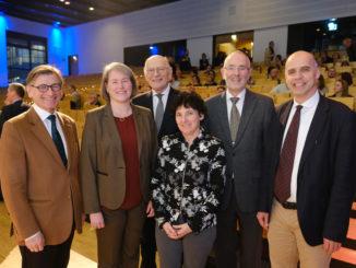 Medizinische Fakultät ehrt ihre Absolventinnen und Absolventen