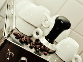 Ratgeber: Kaffeevollautomat fürs Büro – was sollte man beachten?