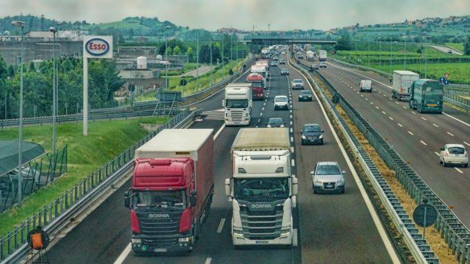 Corona-Krise: Betrieb von Autobahntankstellen