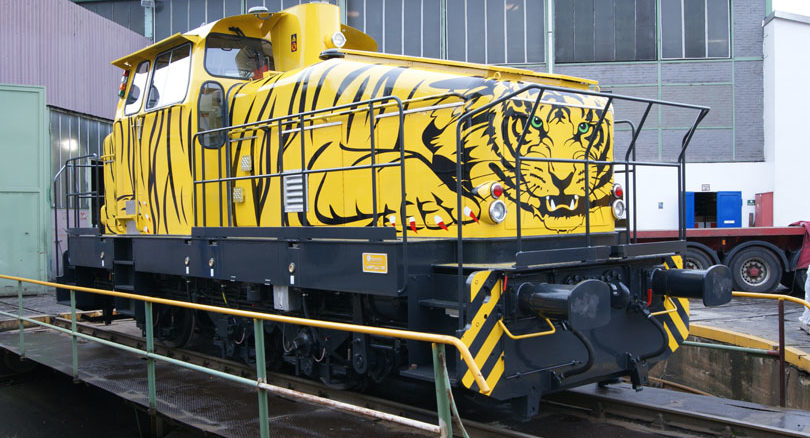 Erprobung im JadeWeserPort Wilhelmshaven: Vollautomatische Rangierlokomotiven