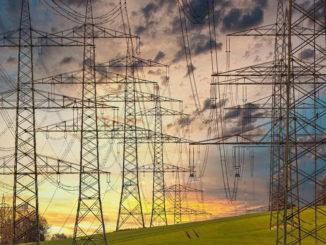 Raumordnungsverfahren für die 380-kV-Höchstspannungsleitung Gütersloh - Wehrendorf, Abschnitt Umspannanlage Bad Essen/ Wehrendorf - Umspannanlage Osnabrück/Lüstringen der Amprion GmbH abgeschlossen