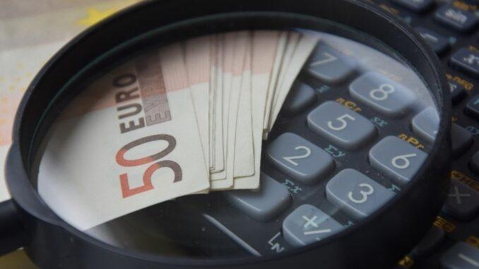 Finanzierungsdefizit bei den niedersächsischen Kommunen im 1. Halbjahr 2020
