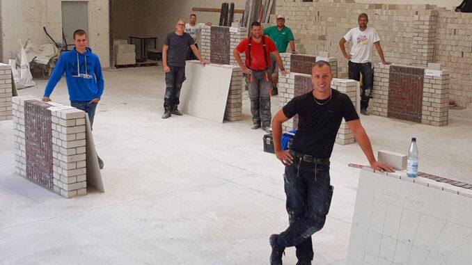 Stein auf Stein zum Meistertitel17 Handwerker bestehen Prüfung zum Maurer- und Betonbauermeister