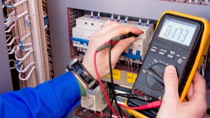 Elektrotechnik Janssen GmbH erstmal als Finalist bei Mittelstandpreis ausgezeichnet