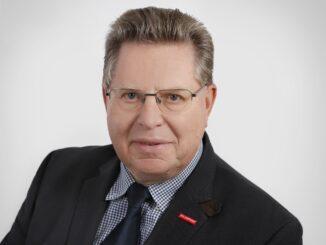 Obermeister Lothar Freese gibt Einblick in die Verkaufszahlen im Neuwagen-Sektor.