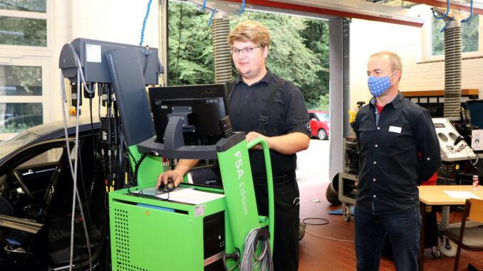 Thore Dittrich aus Leer ist bester Kfz-Mechatroniker Niedersachsens