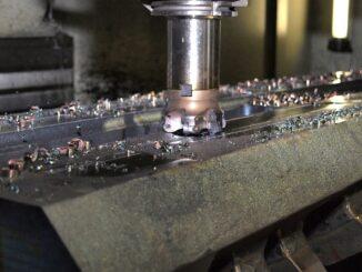CNC-Werkzeugmaschinen als modernste Technologie für die Herstellung von Werkstücken