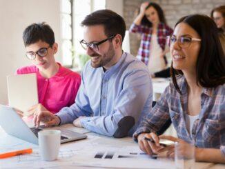 """Kleine und mittlere Unternehmen im Fokus: Bundesprogramm """"Ausbildungsplätze sichern"""" ausgeweitet"""