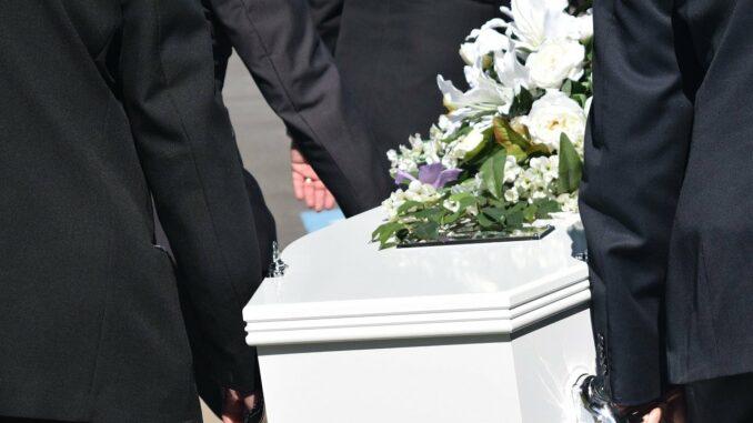 Bestattungsunternehmen - So werden Sie Bestatter
