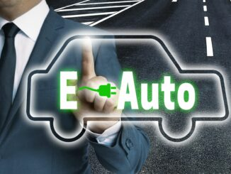 Anträge auf Förderung für E-Autos sind in Niedersachsen deutlich gestiegen.