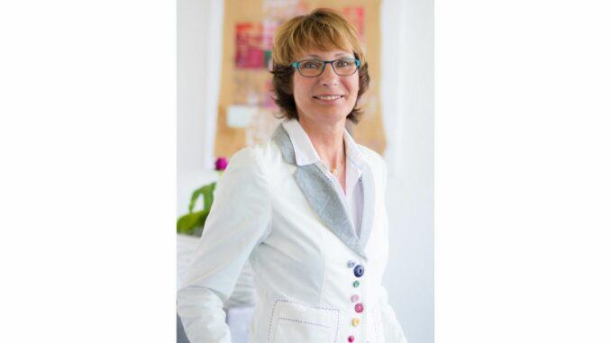 Personaltrainerin Maria Koriath erläuterte Handwerkerinnen und Handwerkern die Bedeutung eines guten Führungsstils.
