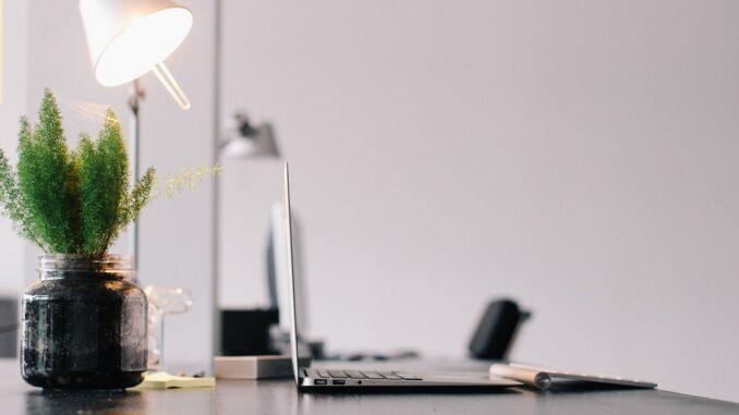 Richtige Beleuchtung & Lichtklima steigert Produktivität