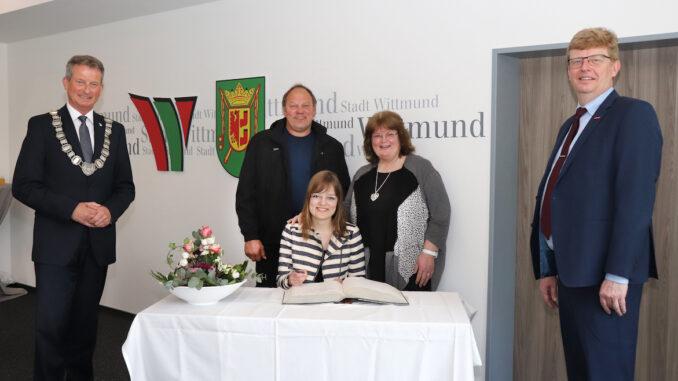 Stadt Wittmund ehrt Fotografin