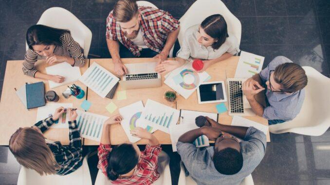 """Online-Seminar """"Social Media Marketing"""" für Existenzgründerinnen und Gründer"""
