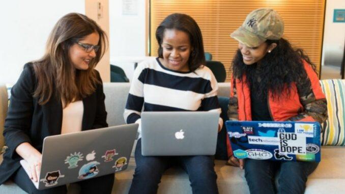 VWA bietet digitale Gespräche für Studieninteressierte an