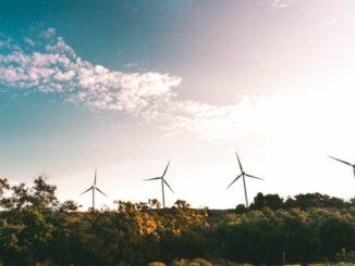 Energiewendebericht 2020 belegt starken Aufwärtstrend bei den Erneuerbaren