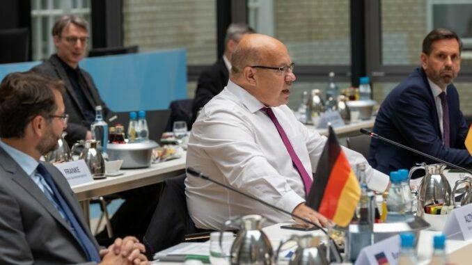 Energieministertreffen in Berlin fordert Absenkung der EEG-Umlage auf Null